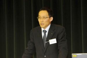 研究発表8『後桜町・光格両天皇における修養と利他』(橋本富太郎・研究員))