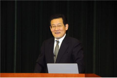 発表5 『新たな経済主体モデルとして「ホモ・ソシオエコノミクス」を導入する意義』(梅田徹 教授)